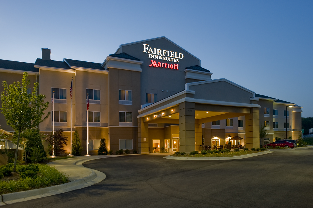 The Fairfield Inn & Suites in a 2014 photograph